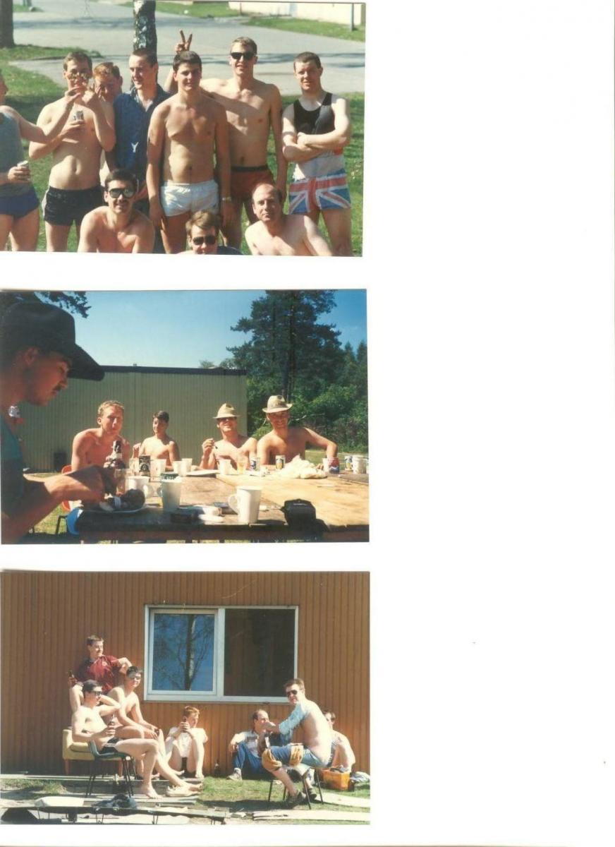 10 troop doing the same old thing' drinking '(